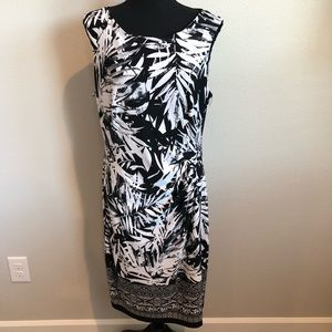 Connected Apparel Dress, size 16